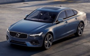 новая Volvo R-Design