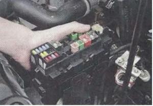 реле Nissan_Primera P12