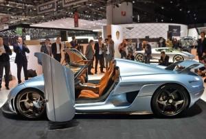 Koenigsegg Regera машина