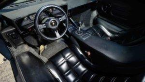 салон Lamborghini Countach