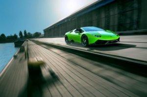 обзор Lamborghini Huracan