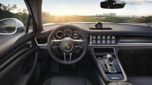 салон Porsche Panamera