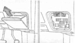 панель Toyota Carina