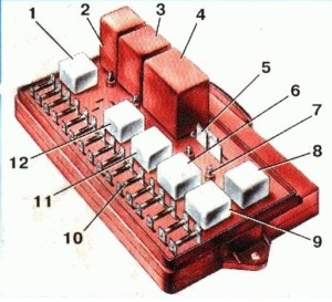 13 300x273 - Схема подключения заднего хода ваз 2109