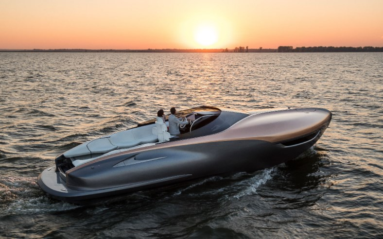 фото Lexus Sport Yacht